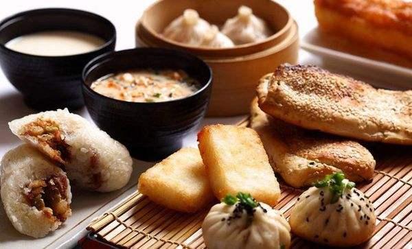 据说广东人每天都这样吃早餐,广东人看了表示:太看得起我们了