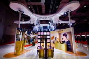 拿破仑彩妆首次亮相中国进博会,积极开拓中国市场